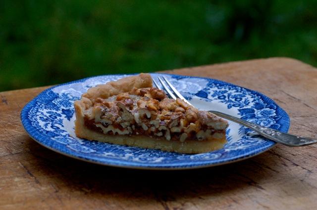 tarte-aux-noix-slice